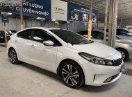 Bán Kia Cerato 2.0AT đời 2018, màu trắng như mới, 608tr giá 608 triệu tại Tp.HCM