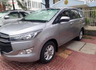 Cần bán gấp Toyota Innova năm sản xuất 2018, màu bạc, 695tr xe còn mới nguyên giá 695 triệu tại Phú Yên