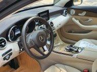 Bán nhanh chiếc xe  Mercedes C250 Exclusive, màu đen  - Có sẵn xe - Giao ngay toàn quốc giá 1 tỷ 550 tr tại Hà Nội