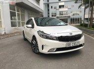 Bán xe Kia Cerato 2.0 AT đời 2016, màu trắng chính chủ giá 565 triệu tại Hà Nội