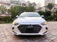 Cần bán gấp Hyundai Elantra năm sản xuất 2019, màu trắng xe còn mới lắm giá 625 triệu tại Hà Nội