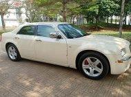 Bán ô tô Chrysler 300C đời 2009, màu kem (be), nhập khẩu nguyên chiếc giá cạnh tranh giá 760 triệu tại Tp.HCM