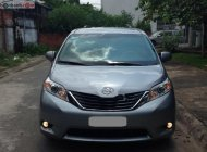 Bán Toyota Sienna AT sản xuất năm 2011, màu bạc còn mới, giá tốt giá 866 triệu tại Tp.HCM