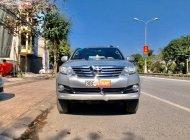 Cần bán gấp Toyota Fortuner 2.7V 4x2 AT sản xuất 2015, màu bạc số tự động, giá chỉ 665 triệu giá 665 triệu tại Ninh Bình