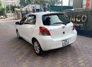 Cần bán lại xe Toyota Yaris 1.3 2011, màu trắng, nhập khẩu giá 386 triệu tại Hà Nội