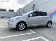 Cần bán gấp Hyundai i20 sản xuất 2010, màu bạc, xe nhập, giá chỉ 295 triệu giá 295 triệu tại Tp.HCM