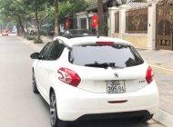 Cần bán gấp Peugeot 208 năm sản xuất 2014, màu trắng, nhập khẩu giá 520 triệu tại Hà Nội