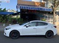 Cần bán lại xe Mazda 3 1.5 AT đời 2018, màu trắng giá 555 triệu tại Đà Nẵng
