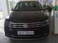 Cần bán Volkswagen Tiguan năm 2018, màu đen, xe nhập giá 1 tỷ 729 tr tại Tp.HCM