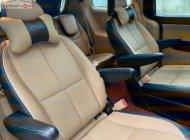 Cần bán lại xe Kia Sedona 2.2 CRDi năm sản xuất 2017, màu đen số tự động, 950 triệu giá 950 triệu tại Hà Nội