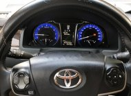 Cần bán lại xe Toyota Camry đời 2018, màu nâu, giá 880tr giá 880 triệu tại Bình Dương