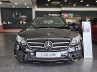 Cần bán lại xe Mercedes E300 sản xuất năm 2019, màu đen giá 2 tỷ 900 tr tại Tp.HCM