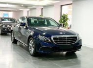Cần bán lại xe Mercedes E200 đời 2020, màu xanh lam giá 1 tỷ 910 tr tại Hà Nội