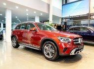 Cần bán Mercedes GLC200 đời 2020, màu đỏ, như mới giá 1 tỷ 710 tr tại Hà Nội