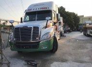 Xe đầu kéo Freightliner Cascadia 2015 chưa biển số giá 1 tỷ 500 tr tại Bình Dương