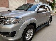 Cần bán xe Toyota Fortuner sản xuất 2014, màu bạc chính chủ, 709 triệu giá 709 triệu tại Đồng Nai