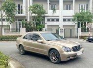 Cần bán Mercedes C200 AT số tự động đời 2002, màu vàng giá 152 triệu tại TT - Huế