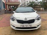 Cần bán lại xe Kia K3 2014, màu trắng, xe gia đình, 400tr giá 400 triệu tại Hải Dương