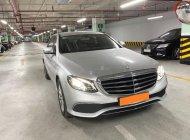 Bán Mercedes E200 đời 2017, màu bạc như mới giá 1 tỷ 530 tr tại Tp.HCM