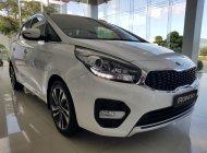 Kia Quảng Ngãi cần bán xe Kia Rondo đời 2020, màu trắng, xe siêu lướt giá 669 triệu tại Quảng Ngãi