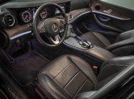Bán Mercedes E200 năm sản xuất 2017, màu đen giá 1 tỷ 650 tr tại Tp.HCM