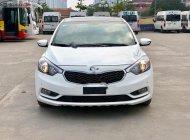 Cần bán gấp Kia K3 2.0 AT sản xuất năm 2014, màu trắng giá 498 triệu tại Hà Nội