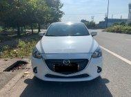 Cần bán gấp Mazda 2 đời 2015, màu trắng, xe nhập chính chủ giá 426 triệu tại Bình Dương