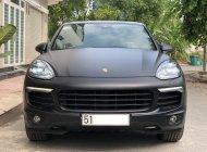 Cần bán lại xe Porsche Cayenne đời 2015, màu đen, nhập khẩu, xe gia đình giá 3 tỷ 50 tr tại Tp.HCM
