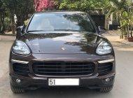 Cần bán gấp Porsche Cayenne đời 2015, màu nâu, nhập khẩu chính hãng, xe gia đình giá 2 tỷ 990 tr tại Tp.HCM
