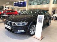Bán Volkswagen Passat Bluemotion Comfort năm 2018, màu đen, nhập khẩu chính hãng giá 1 tỷ 380 tr tại Quảng Ninh