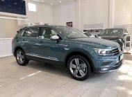 Volkswagen Tiguan Topline nhập khẩu, nâng cấp, màu lạ, GIẢM 50% phí trước bạ giá 1 tỷ 799 tr tại Quảng Ninh