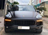 Cần bán gấp Porsche Cayenne S sản xuất 2015, màu đen, nhập khẩu chính hãng, như mới giá 2 tỷ 950 tr tại Tp.HCM