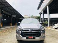 Cần bán gấp Toyota Innova 2.0E năm 2018, màu bạc giá cạnh tranh giá 670 triệu tại Tp.HCM