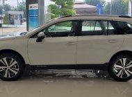 Subaru Outback nhập Nhật nguyên chiếc giá 1 tỷ 868 tr tại Tp.HCM