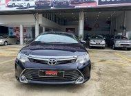 Cần bán gấp Toyota Camry 2.0E đời 2016, màu xanh lam,790 triệu giá 790 triệu tại Tp.HCM