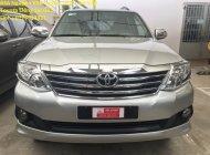 Cần bán gấp Toyota Fortuner đời 2012, màu bạc giá Giá thỏa thuận tại Tp.HCM