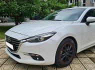 Cần bán gấp Mazda 3 1.5AT đời 2017, màu trắng giá 575 triệu tại Hà Nội