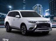 Cần bán xe Mitsubishi Outlander 2020 sản xuất 2020, màu đỏ, giảm 50% phí trước bạ giá 825 triệu tại Quảng Nam