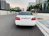 Xe Mercedes E250 năm 2011, màu trắng giá 695 triệu tại Hà Nội