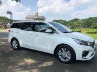 Xe nhà cần bán Kia Sedona 2019, số tự động, máy dầu, màu trắng giá 1 tỷ 68 tr tại Tp.HCM