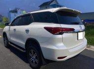 Xe nhà đang sử dụng cần bán Toyota Fortuner 2020, số tự động, máy dầu, màu trắng giá 992 triệu tại Tp.HCM