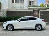 Xe nhà cần bán Mazda 3 2018, số tự động, màu trắng giá 526 triệu tại Tp.HCM