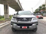 Cần bán xe Toyota Fortuner 2.7V 2016, màu bạc, cực Chất -Xe đẹp Như mới - Giá cực êm giá 890 triệu tại Tp.HCM