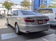 Bán Toyota Camry 2.0 E đời 2017, màu bạc giá Giá thỏa thuận tại Tp.HCM