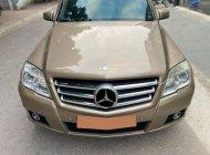 Xe đẹp nhà cần bán GLK280 2010 AT, màu vàng giá 498 triệu tại Tp.HCM