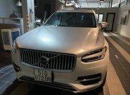 Bán xe Volvo XC90 Incription 2018 màu trắng, full option giá 3 tỷ 200 tr tại Tp.HCM