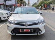 Bán Toyota Camry 2.5Q sản xuất 2019, màu trắng biển SG , Lướt 19000km - Giá cực Đẹp giá 1 tỷ 80 tr tại Tp.HCM