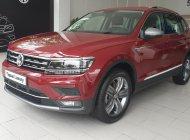 Volkswagen Tiguan Luxury nhập khẩu nguyên chiếc màu cam tặng quà khủng giá 1 tỷ 729 tr tại Quảng Ninh
