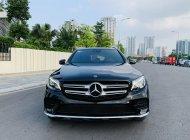 Cần bán xe Mercedes GLC300 đời 2017, màu đen giá 1 tỷ 730 tr tại Hà Nội