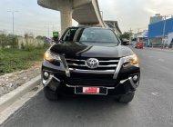 Cần bán xe Toyota Fortuner 2.7V năm 2017, màu nâu, nhập khẩu Indo, biển SG - Chuẩn 61.000km giá 940 triệu tại Tp.HCM